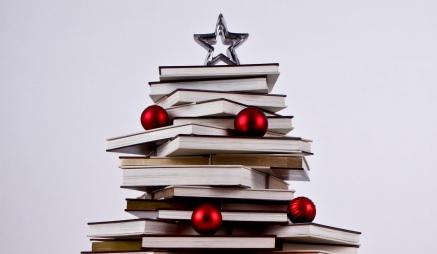 c3a1rboles-de-navidad-con-libros-feature